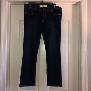 EUC Abercrombie Women's Perfect Stretch Jeans  sz8